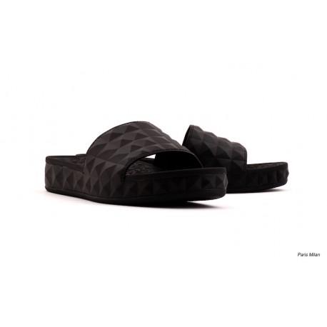 Mules de plage noire Ash